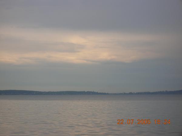 Онежское озеро (на его берегах стоит Петрозаводск)