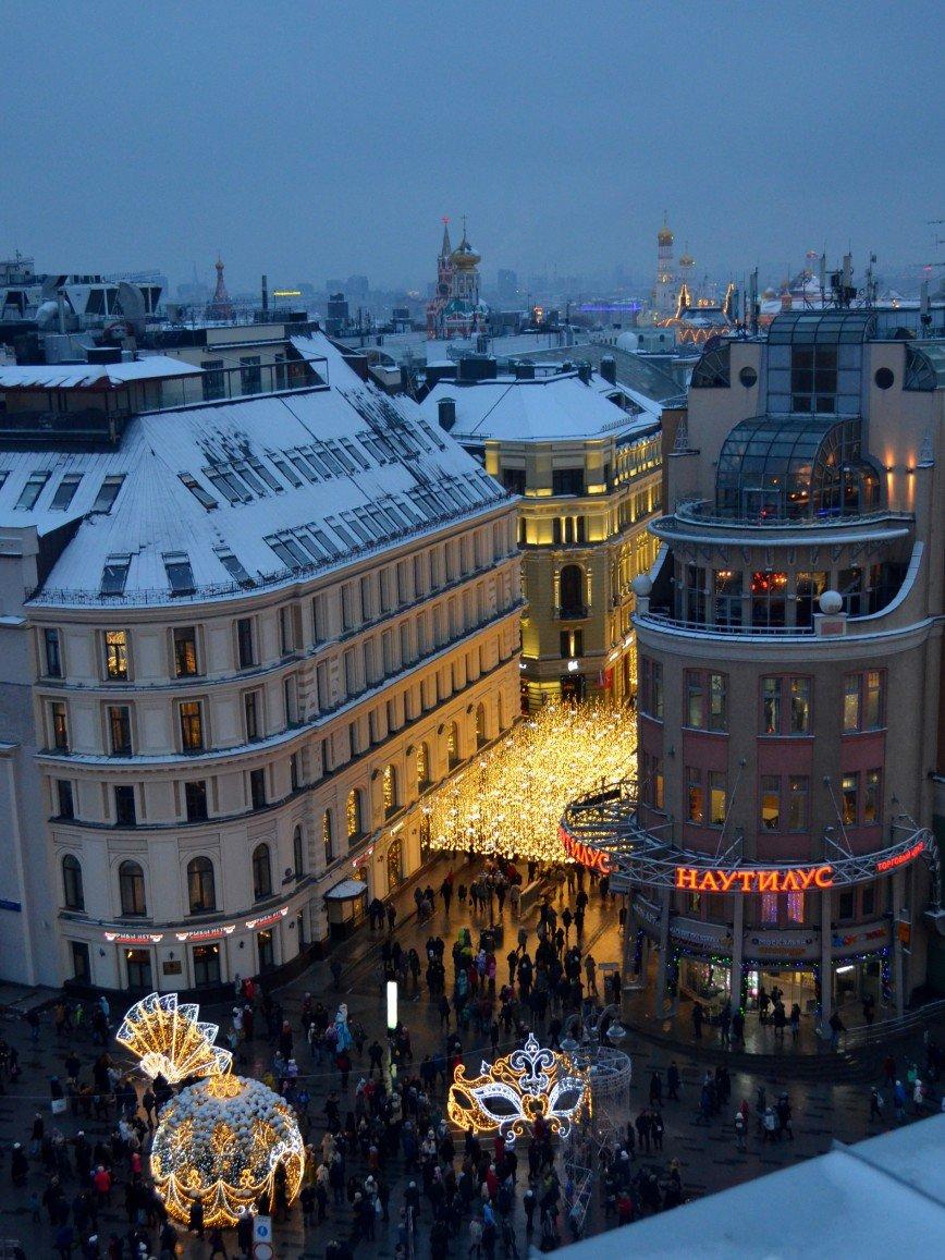 Автор: Ануля, Фотозал: Я - очевидец, Улица Никольская. Вид со смотровой магазин Детский мир.