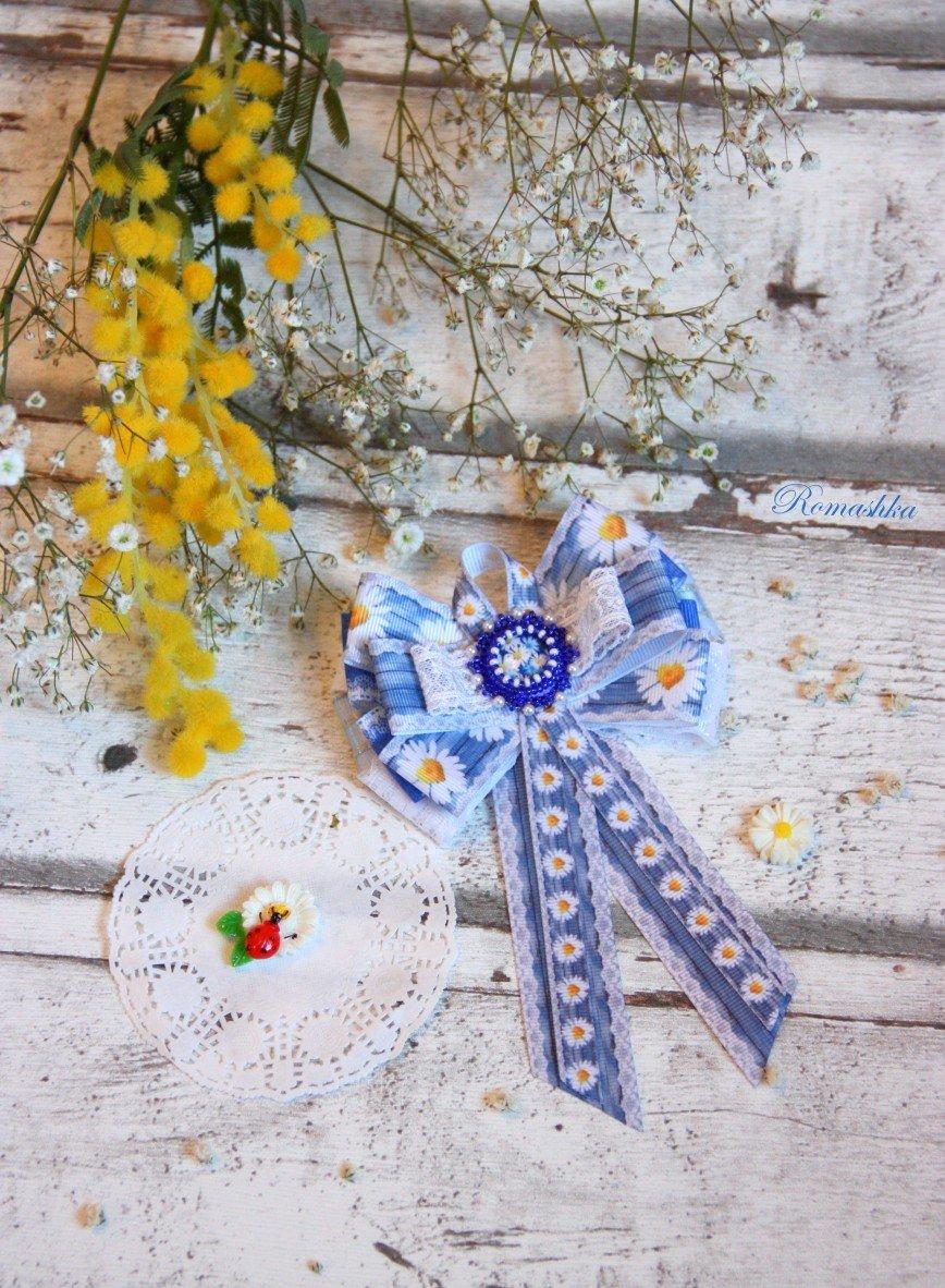 """Автор: Marina_79, Фотозал: Мое хобби, Брошь-галстук""""Джинсовые ромашки в кружеве"""" ждет свою хозяйку."""