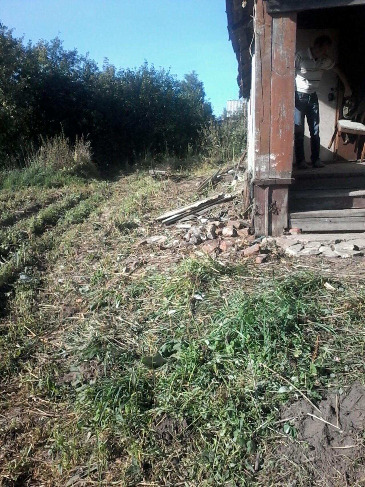 Вход на веранду и в дом со стороны огорода.