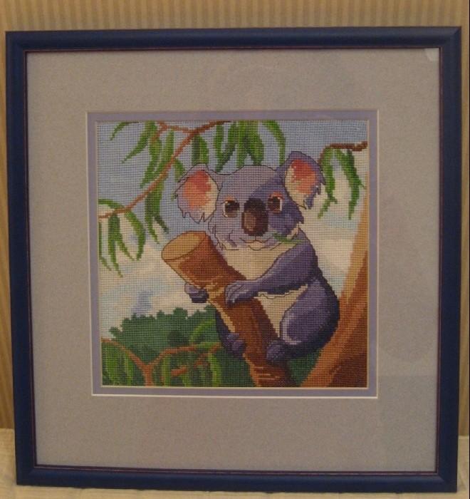 "подарок дочкам на НГ 2011. Старшая обожает коал. Схема куплена у ""Студии Коша"""