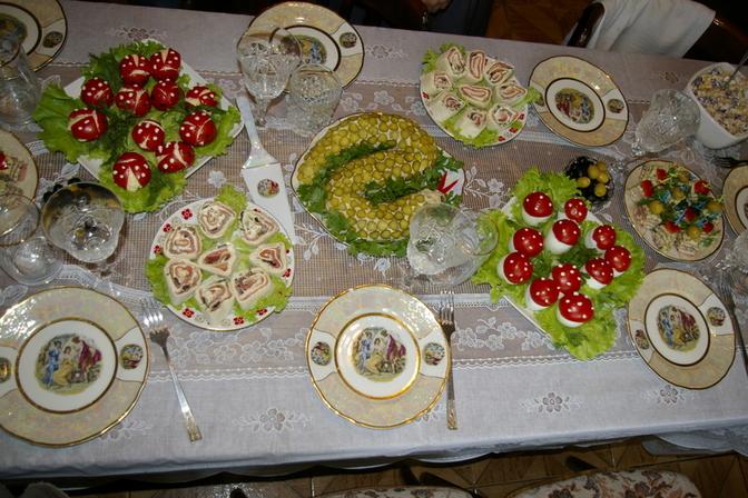 Праздничный стол. Отмечали 3-х-летие моего солнышка! Маленькие гости были в восторге!