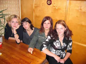 И любимые девушки... На праздновании моего 20-ти летия.