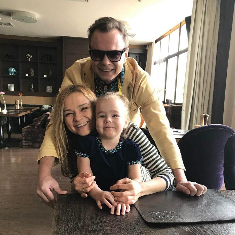 Жена Владимира Левкина воспитывает в дочке самостоятельность