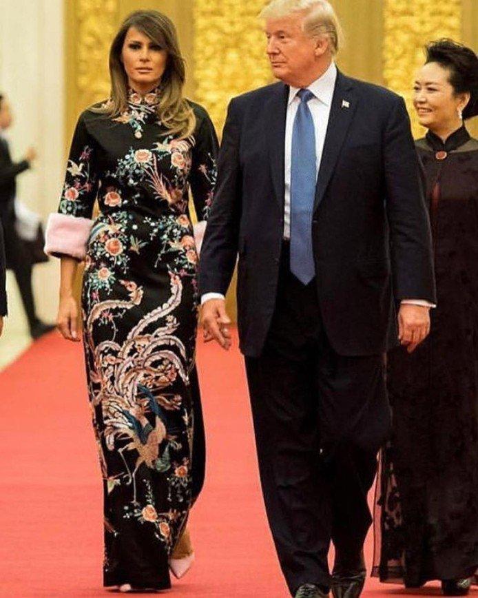 Как у Мелании Трамп: супруг подарил Анне Нетребко дорогое платье