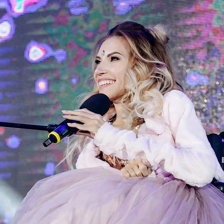 «Ждем победы!»: Юлия Самойлова будет представлять Россию на конкурсе «Евровидение-2018»