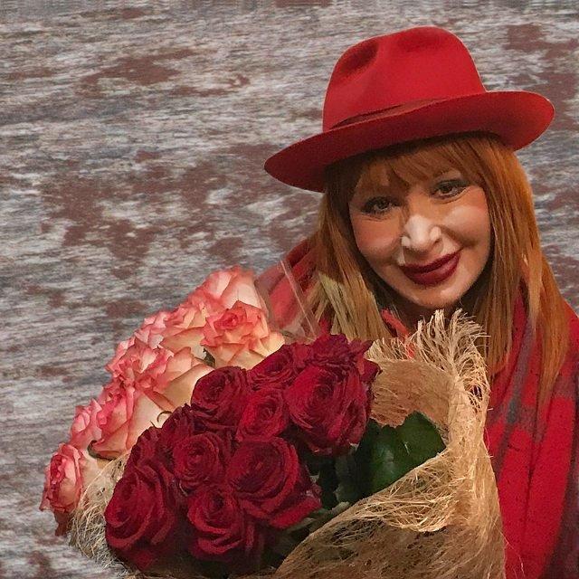 20 лет долой: 71-летняя Татьяна Васильева резко помолодела