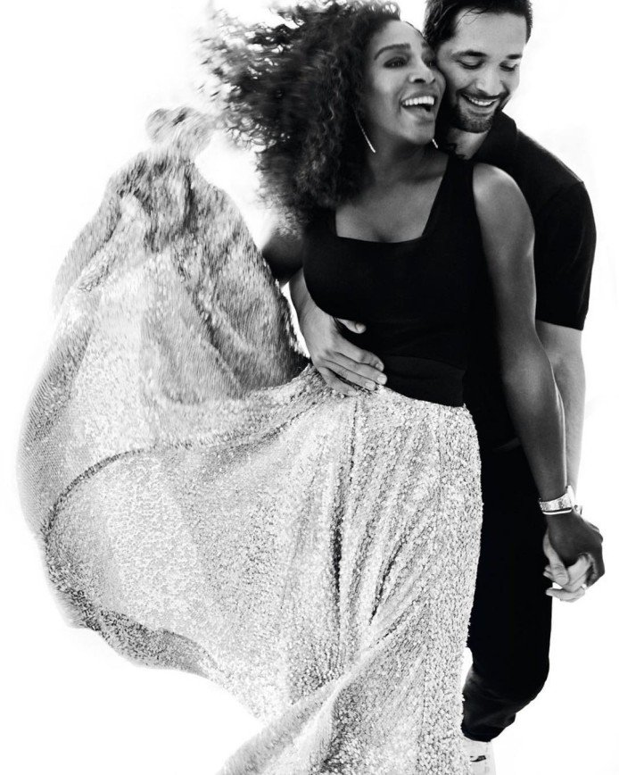 Серена Уильямс вместе с дочкой украсила обложку журнала Vogue