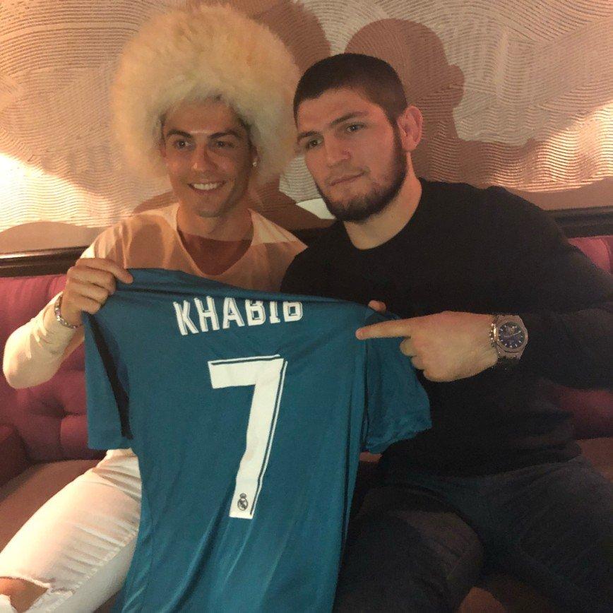 «Лучшие в своем деле»: Криштиану Роналду встретился с Хабибом Нурмагомедовым