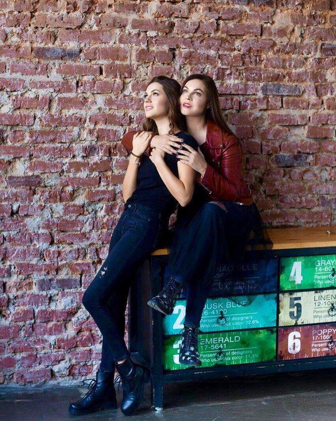 «Так приятно на вас смотреть!»: Екатерина Андреева снялась с дочерью в фотосессии