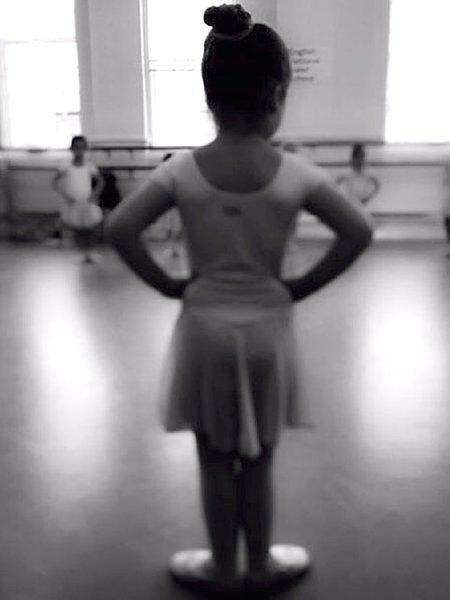 Дочь Виктории Бекхэм делает успехи в балете