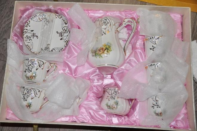 В подарочной коробке, идеально на юбилей, свадьбу и т.п.