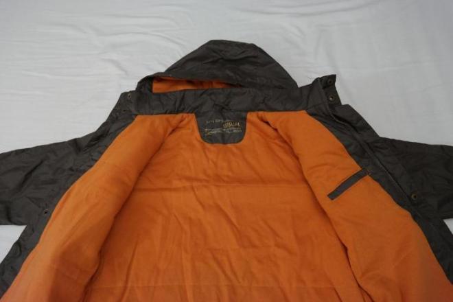Куртка изнутри. Подкладка - трикотаж