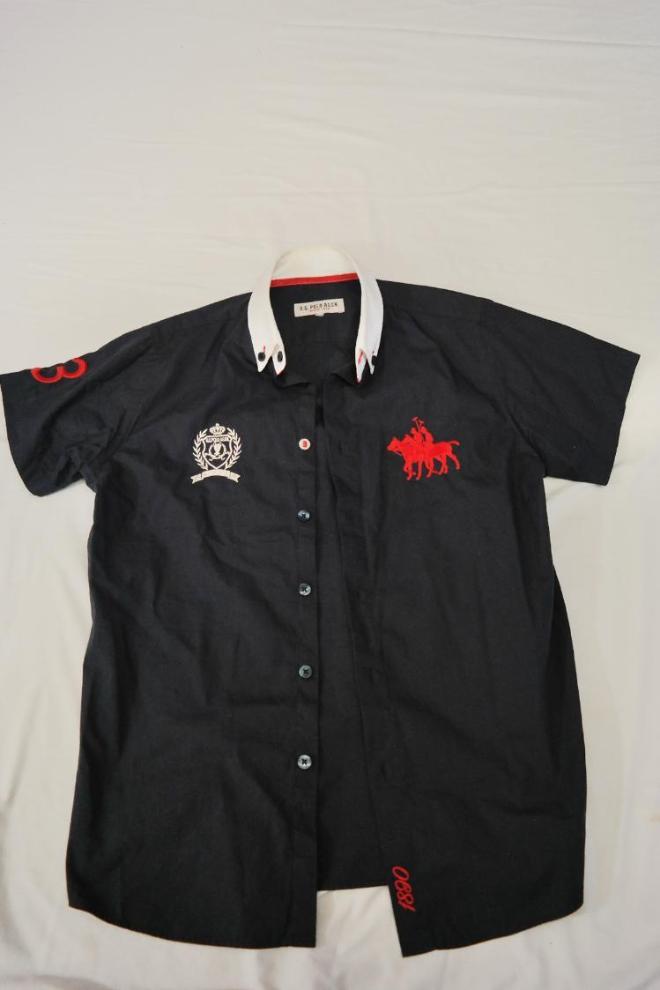 """Рубашка в отличном состоянии """"U.S. Polo"""" на 8-9 лет. Очень красивая и стильная. Цена 300 рублей."""