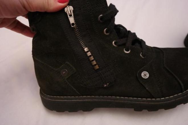 Ботинки для мальчика HUGO BOSS 39 размер