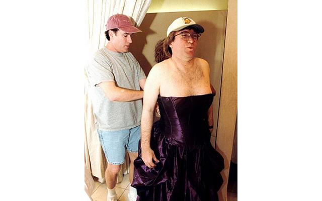 мужики с женской грудью фото свою очередь