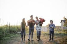 Цветочная ферма семьи Бензакен