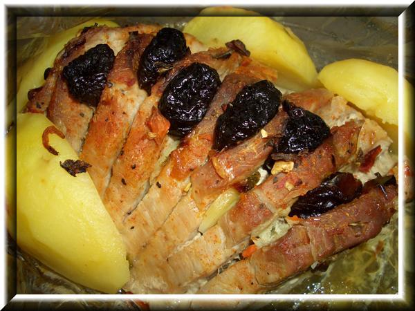 Свинина запеченная в рукаве  Рецепт и другие фото здесь: http://domohozyaika.my1.ru/forum/12-18-21-16-1200589121