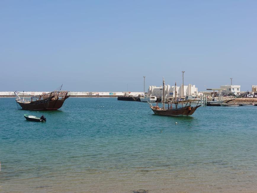 Автор: WOman, Фотозал: Мой отпуск, Город Сур(Sur), в котором производят и ремонтируют лодки Доу.