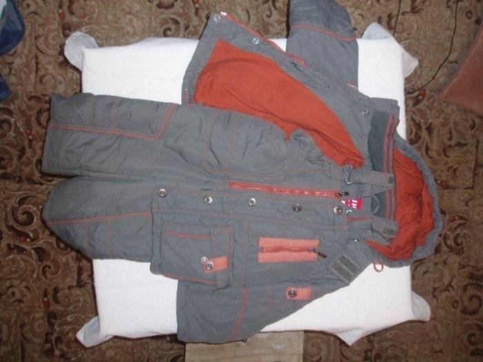 Осенний костюм КИКО, на холодную осень. Маркировка 98+. Одет от силы раз 6. Очень много костюмов. Получился перехап. Цена 800руб. ПРОДАНО.