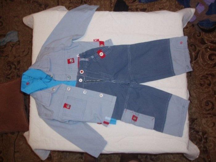 Костюм Плей тудей. Одет 3 раза на праздник в детском саду. Состоит из пиджака, брюк, рубашки. Все из джинсы. Цена 600руб. ПРОДАНО.