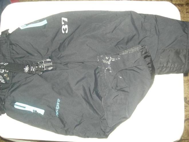navigare (Норвегия) 92+ 6  Дефект брюк.