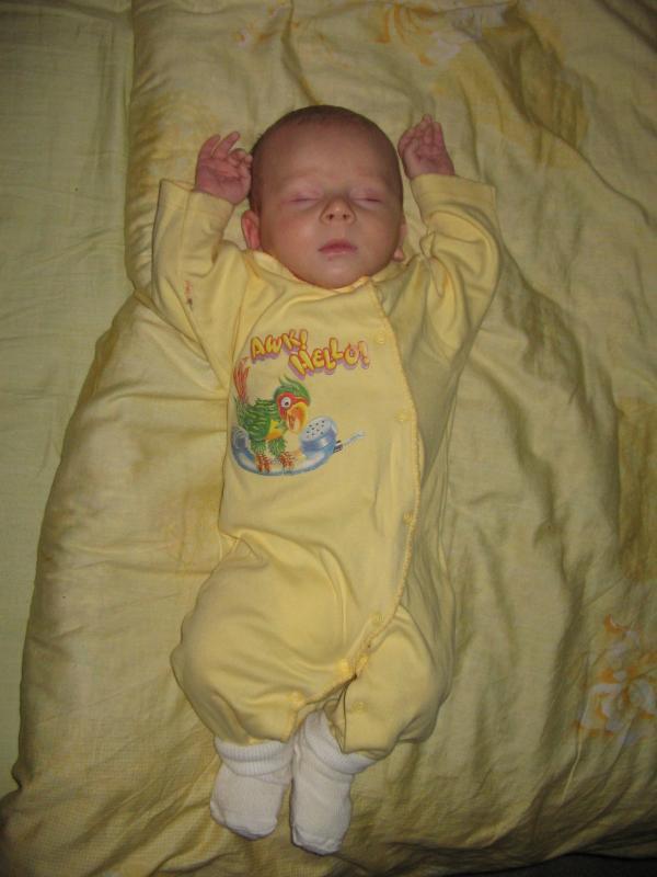 спящий ангел (2 месяца)