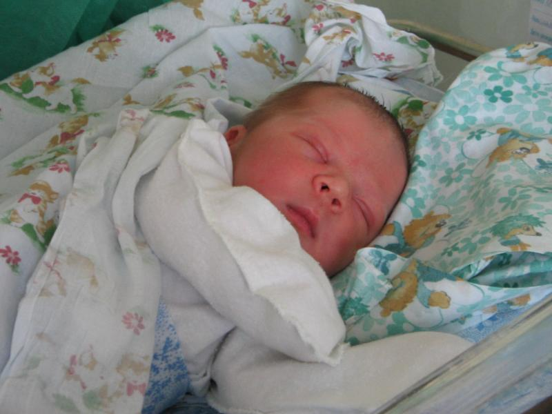Сыночек Денис (новорожденный)