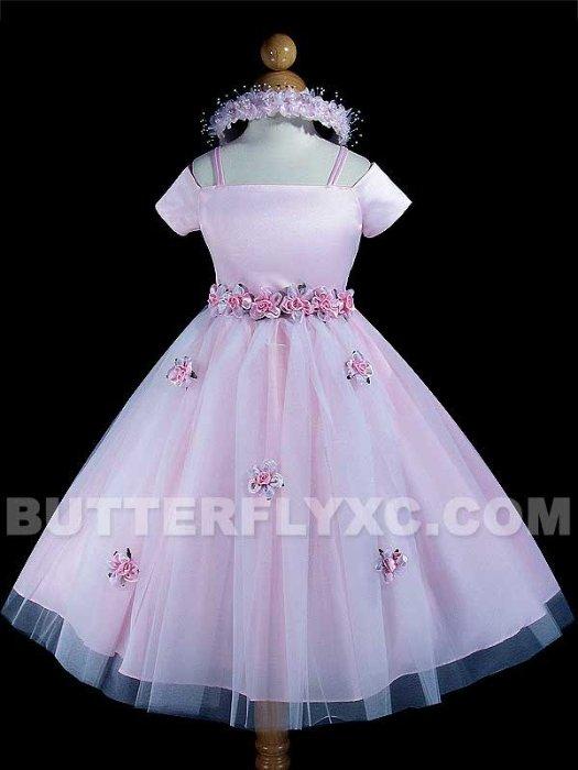 daa14f704b1e1e7 Необыкновенной красоты платье для девочки 4-5 лет. Как бы скромное, но очень