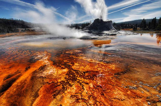 Красивейшие места мира: Национальный Парк Йеллоустоун знаменит не только в Соединенных Штатах Америки. Это один из самых больших парков в мире, где расположено