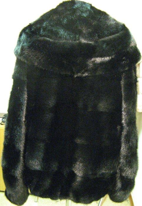 Норковая шуба автоледи, черная норка, горизонтальные пластины, 70 см, капюшон, р.46-48 - ЦЕНА 44 000 РУБЛЕЙ
