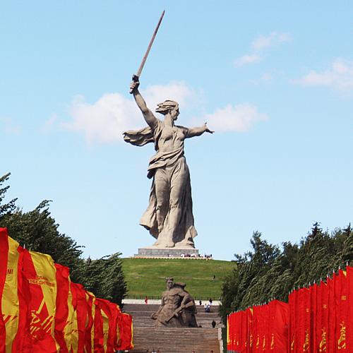 известные памятники в россии в честь победы благодаря разнообразию размеров