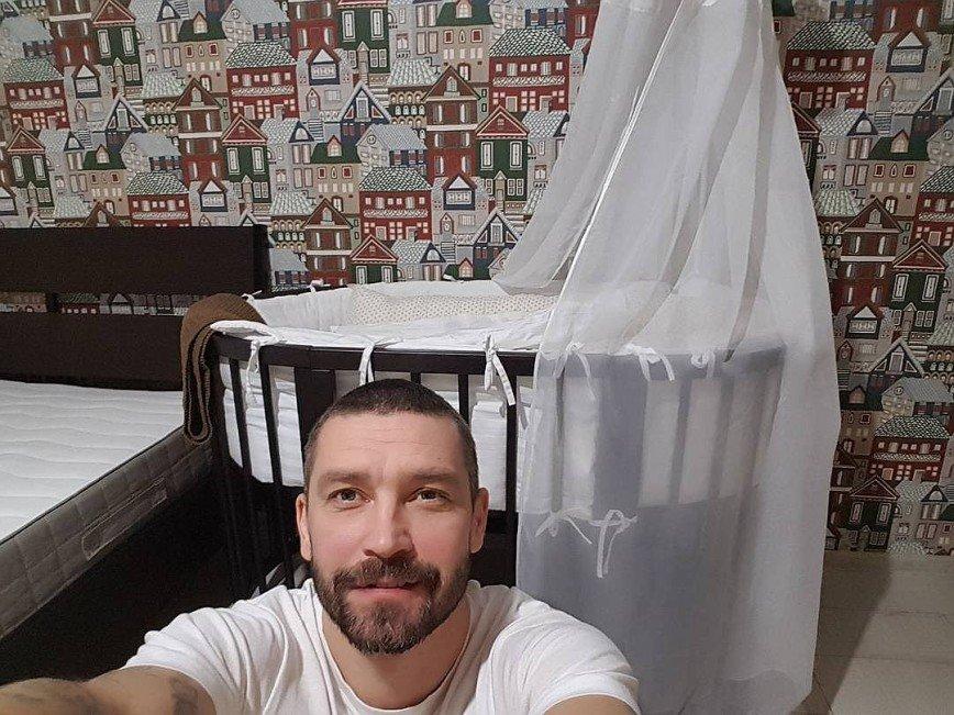 Владимир Кристовский стал отцом в шестой раз