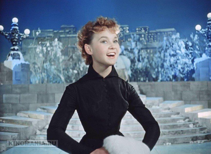 Кинотеатры «Москино» бесплатно покажут советские фильмы: Ленты, входящие в золотой фонд отечественного кино, покажут на большом экране бесплатно. Зрители увидят «Карнавальную ночь», «Вечера на хуторе близ