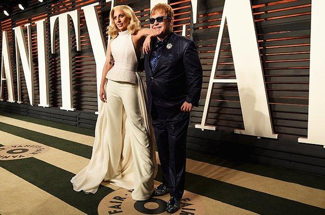 Леди Гага и Элтон Джон стали дизайнерами одежды