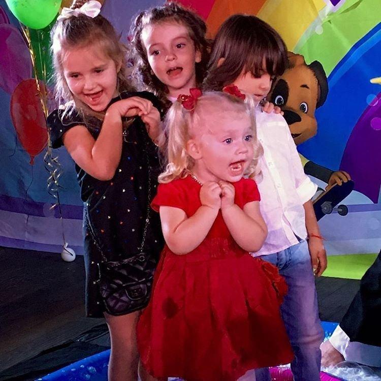 Галкин показал новые фото детей