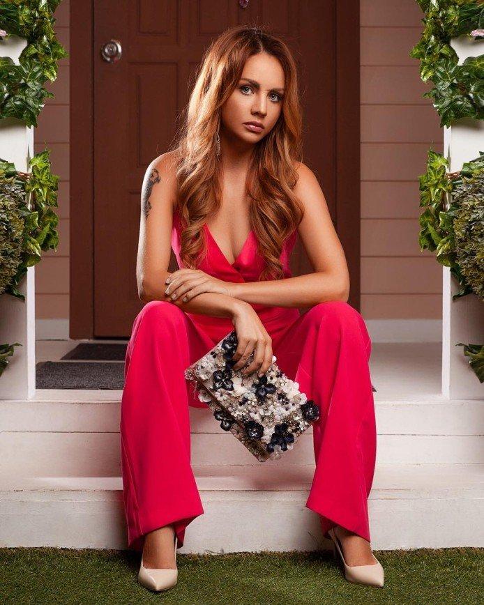 Певица МакSим признана самой сексуальной девушкой в России