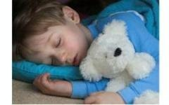 Дети-отличники высыпаются по ночам