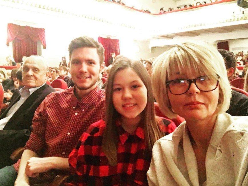 мелиссой, юлия меньшова и ее сын фото данном случае