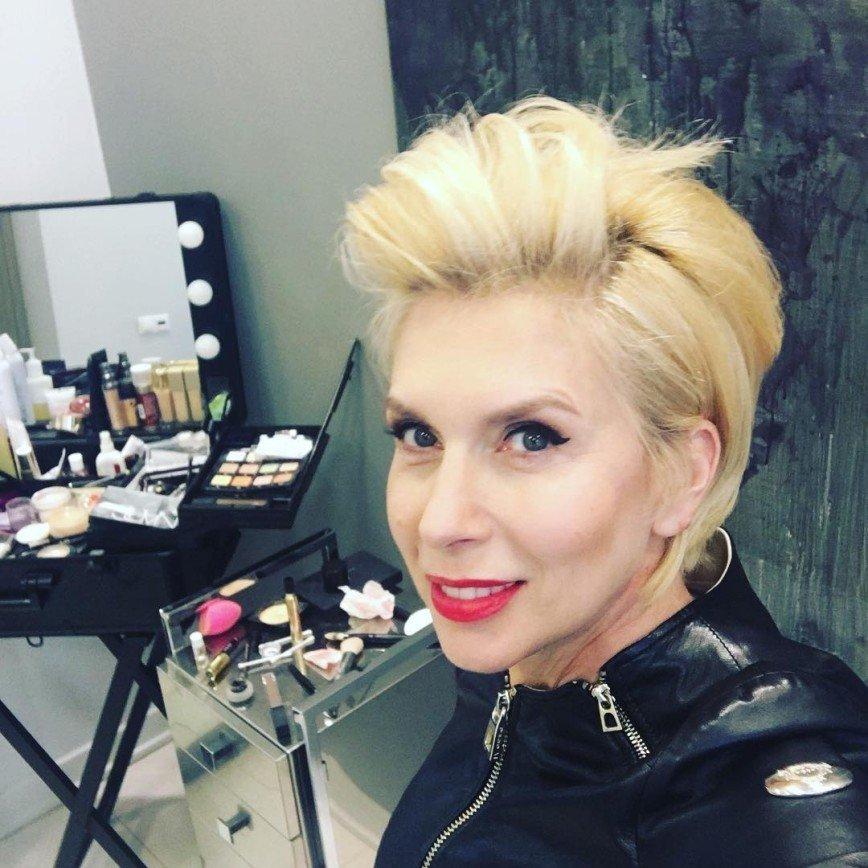 54-летняя Алена Свиридова вернулась к истокам