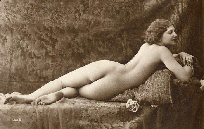 Эротические ретро фото голых девушек