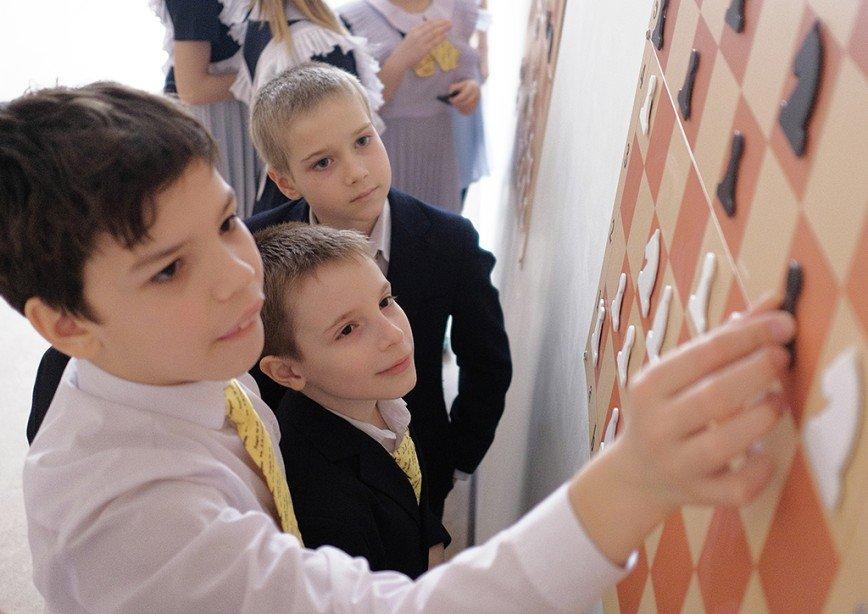 Обязательный урок по шахматам введут в российских школах