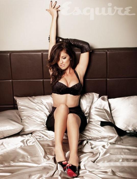 Самые сексуальные женщины по версии журнала Esquire