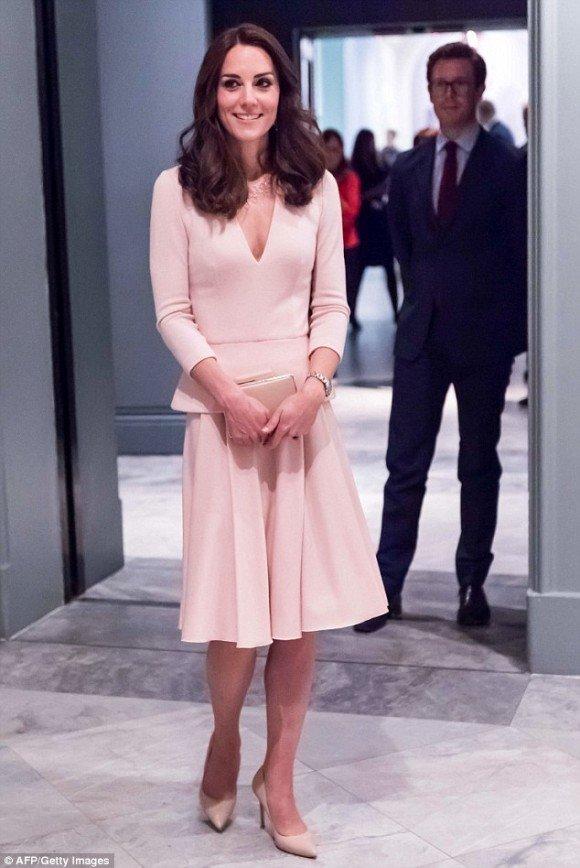 Кейт Миддлтон снова названа самой стильной британкой