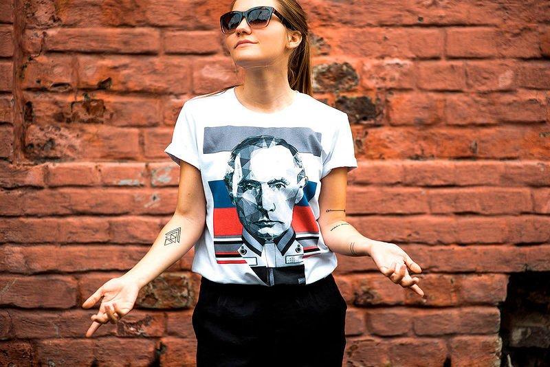 """Российские дизайнеры выпустят """"антитурецкие"""" футболки"""