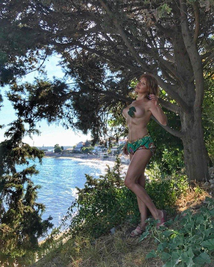 51-летняя Наталия Штурм переступила грань эротики и порно