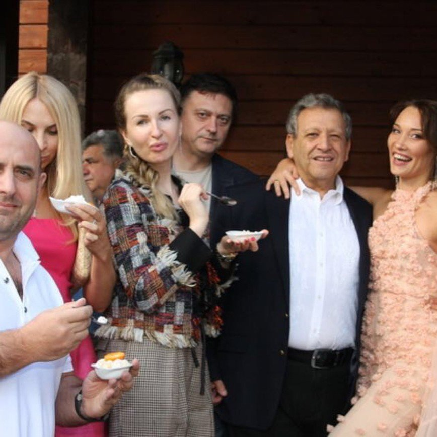 68-летний Борис Грачевский женился на девушке, которая ему во внучки годится