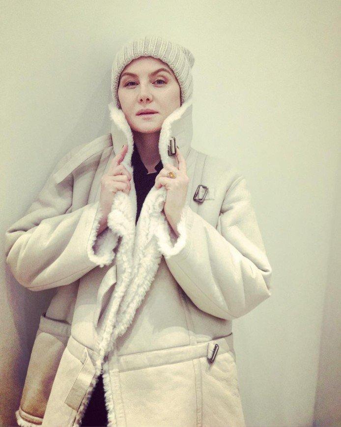 """""""Краше в гроб кладут"""": Рената Литвинова напугала фотографией в сети"""