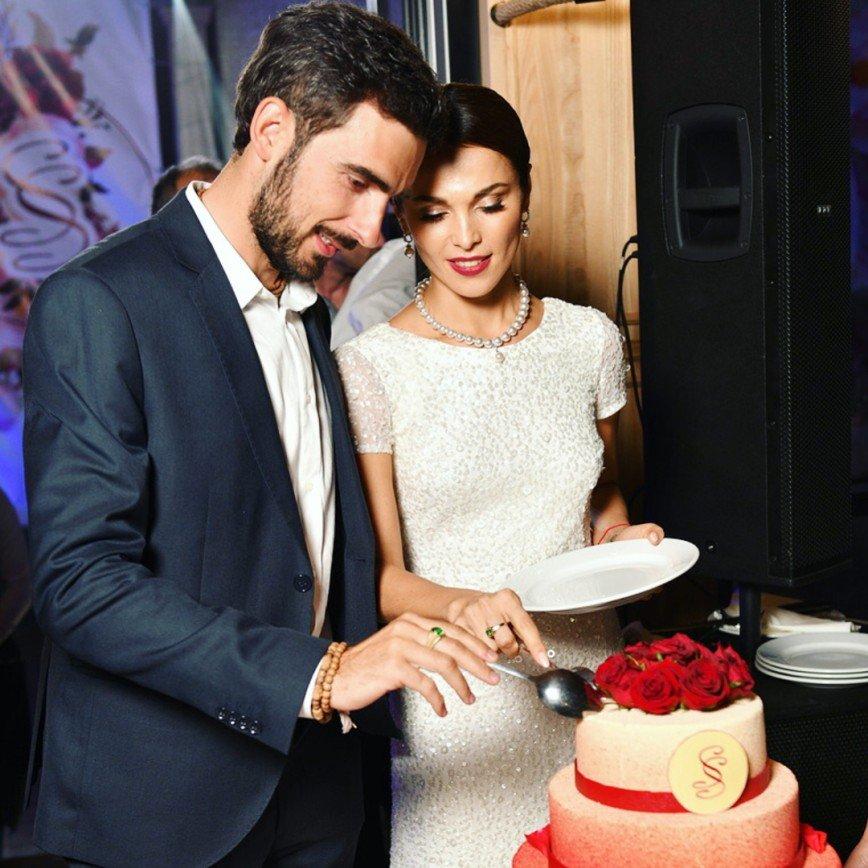 сати казанова выходит замуж за итальянца фото родились разницей всего