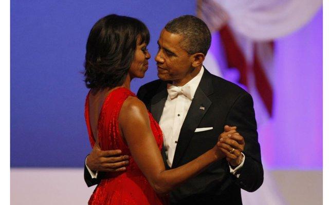 Супруги Обама поздравили православных с Пасхой